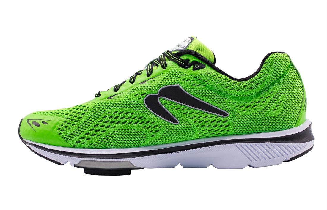 Newton Gravity 8 Shoes   R\u0026A Cycles